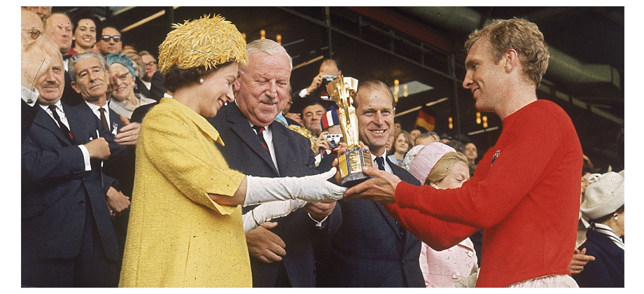 The Queen presents the World Cup Trophy to England's Bobby Moore, 1966